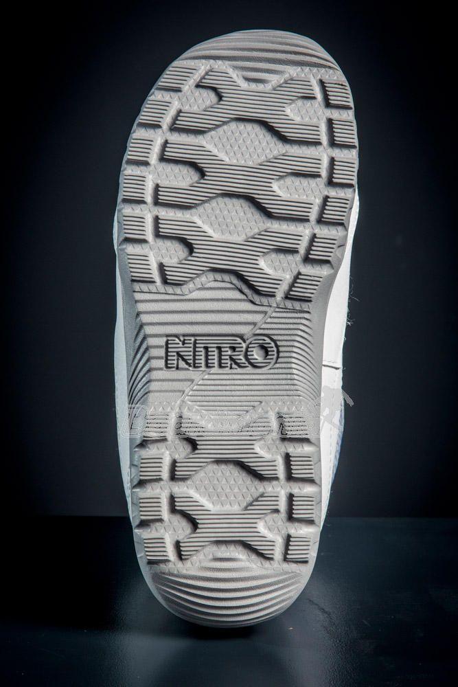Dámské boty Nitro Cuda TLS grey rodamine ». Výprodej Skladem. Ilustrační  obrázek v barvě white · Ilustrační obrázek v barvě white 3273a8f886